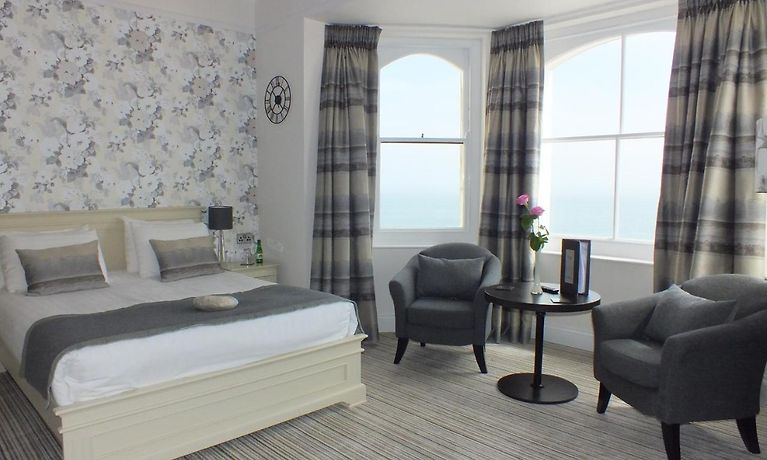 Giltar Hotel Tenby | Book Your Accommodation in Tenby in Advance on